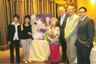 Helen Luk, the winner of the Best Volunteers Award